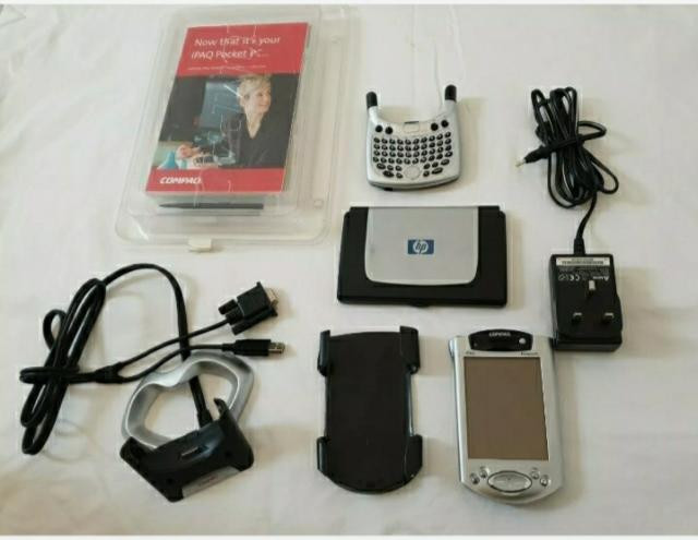 Preview of the first image of Compaq iPAQ Pocket PC H3950 Windows Mobile 400 MHz, Rare.