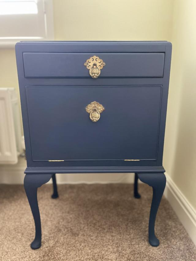 Preview of the first image of Stunning vintage cabinet.