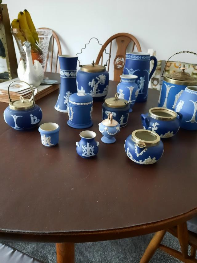 Preview of the first image of assorted jasperware collection.