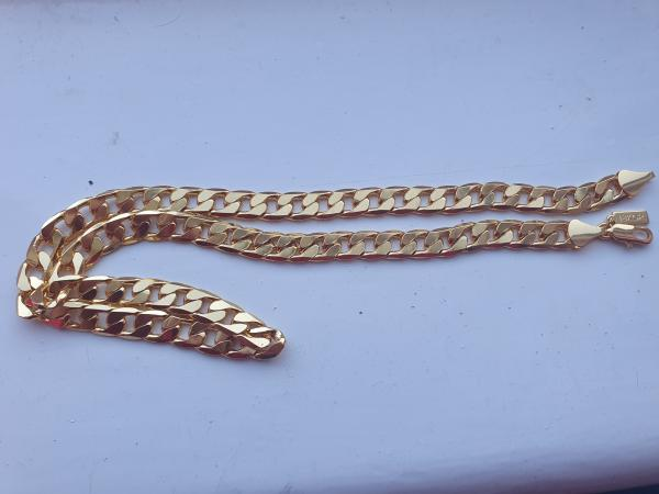Image 2 of 18 k gold 24inch mens gold chain
