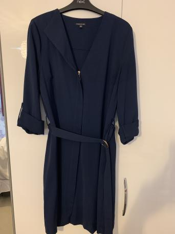 5b61eaf437654 Dresses £10 each Warehouse Navy Zip Dress with belt Size 16 Oasis black and  white floral dress Size 16 Next Strapless maxi dress Size 14 Pet & Smoke  free ...