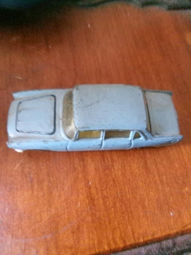 Preview of the first image of 1960s model car..