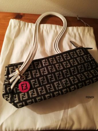 11ed100bd657 fendi by the way - Local Classifieds