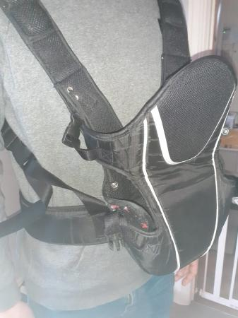 Image 2 of Baby carrier