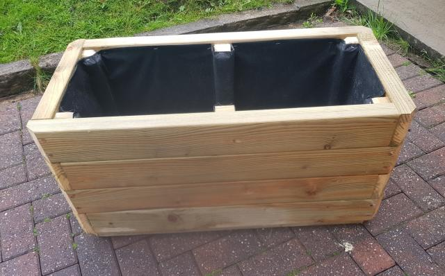 Preview of the first image of Medium Raised Chunky Garden Planter.