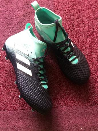 0b61c124afe227 Adidas Ace 17.3 Football Boots Size 7.5 - Brand New