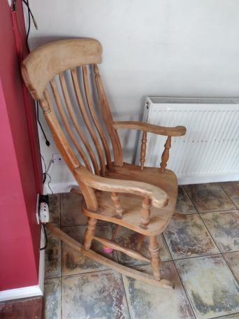 Peachy Second Hand Pine Rocking Chairs Local Classifieds For Machost Co Dining Chair Design Ideas Machostcouk