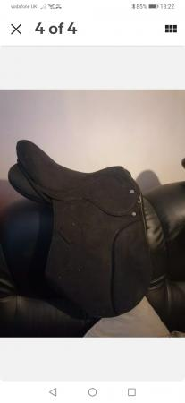 Image 4 of 16.5 interchangeable gullet saddle SOLD