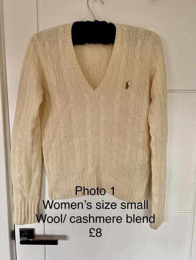 Preview of the first image of Women's Ralph Lauren cashmere jumper.