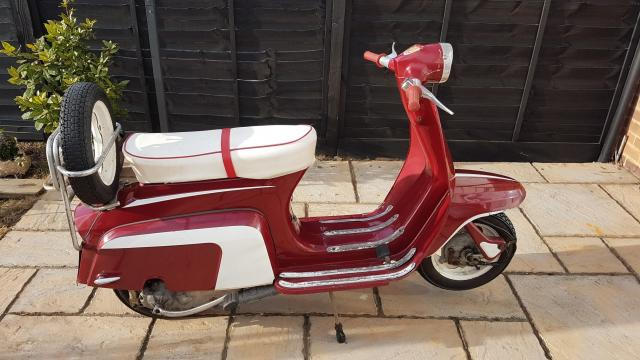 Preview of the first image of lambretta 125cc star stream j range ( small frame)1966.