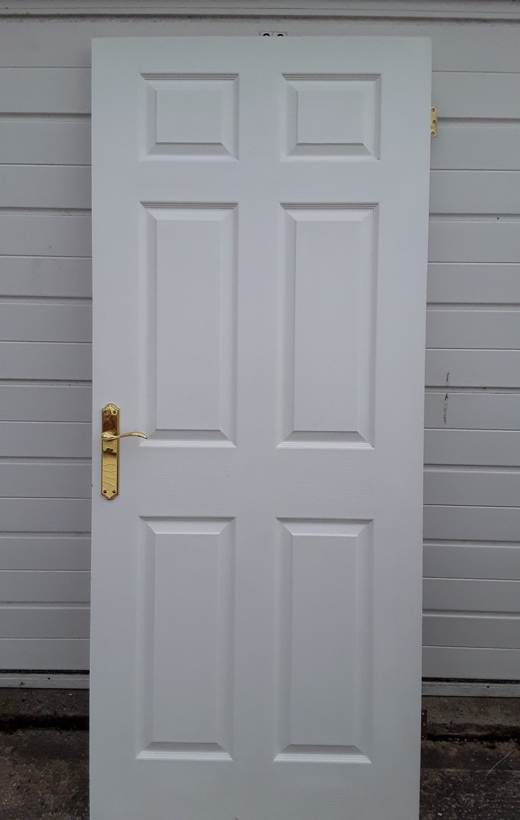 Interior 6 panel wood grain effect white panel doors x3 (33  wide x 78  high) complete with constable polished handles latches u0026 hinges. & second hand interior doors - Home Improvements | Preloved