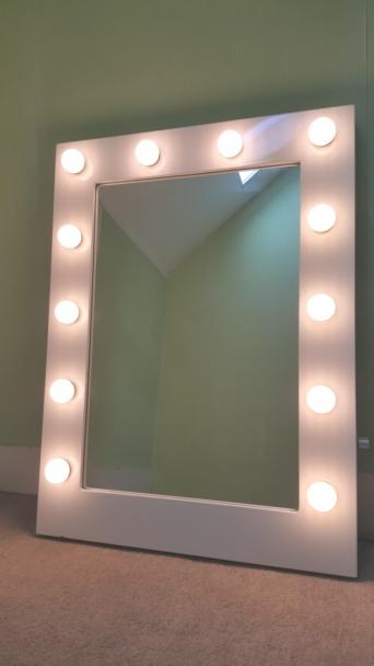 Hollywood Style Mirror With 12 X 3w Golf Ball Warm White Led Bulbs Dimmer Switch Right Hand Side To Create The Perfect Lighting