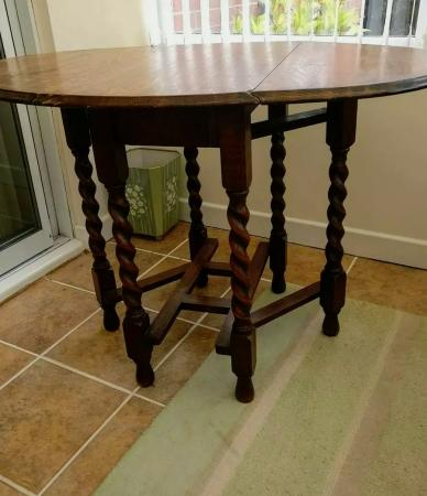 Image 1 of Traditional Vintage Oak Drop Leaf Barley Twist Dining Table