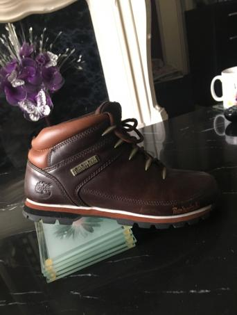1db14be9b8 Brown Size 7 Original Timberland boots. Worn but still plenty of wear left  in them just need a polish up.