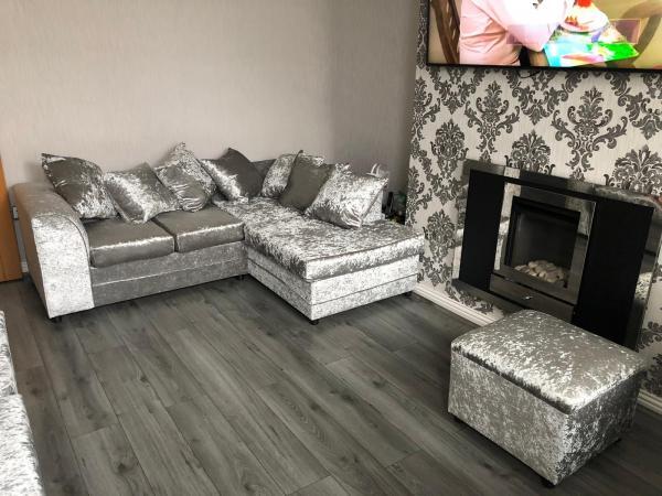 Image 2 of Luxury furniture ??????