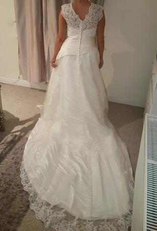 Vintage Wedding Dresses For Sale.Reduced Stunning Lace Vintage Wedding Dress