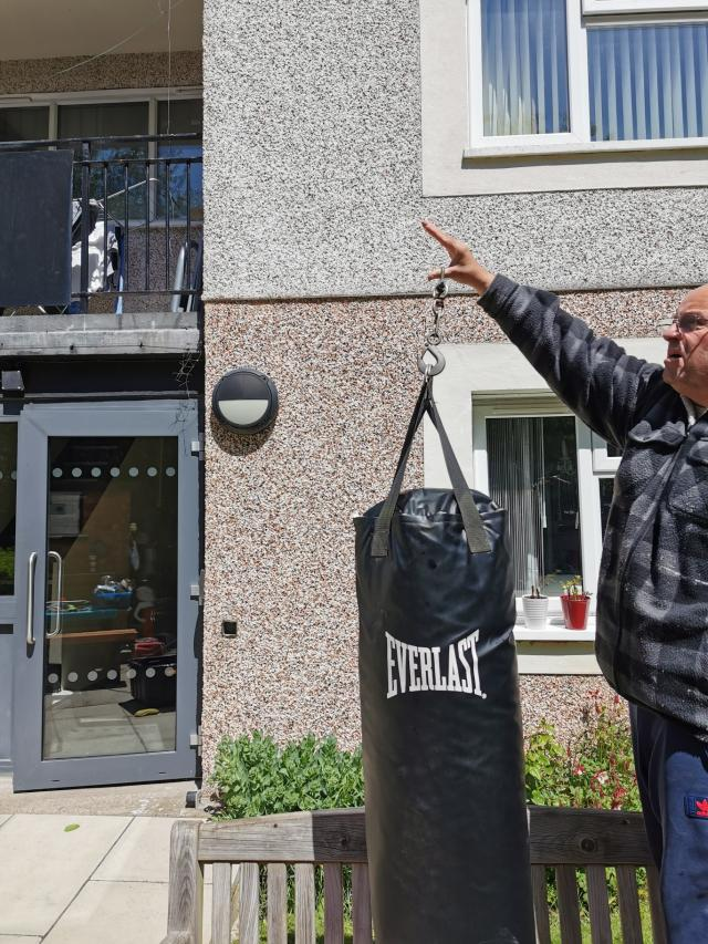 Preview of the first image of heavy Duty Everlast punch Bag..