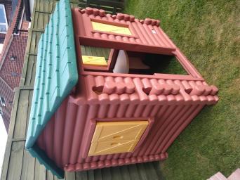 Used, little tikes log cabin for sale  271 Chapelfields Rd