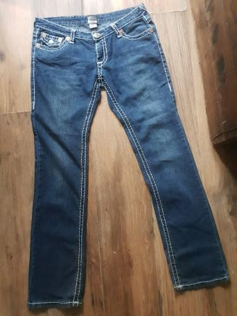 93fe3017975 ... Levi jeans in great condition French Connection plus Armani cord jeans  All Almost Same Size levis 33W 33 l French 34W 32L Armani W 32 L34 ?