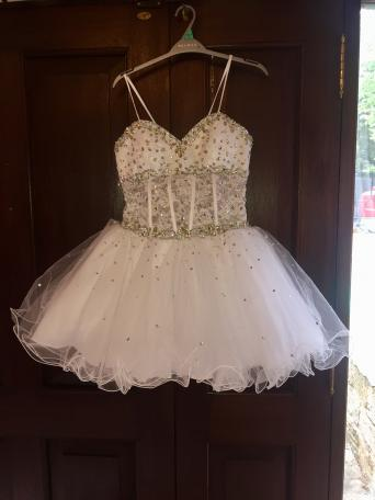 Lee White Dress Size Uk 12 It Is So Sparkly And Really Full Skirt Would Be Ideal As A Beach Wedding Bridesmaid Prom Or Pageant Wear Has Corseted