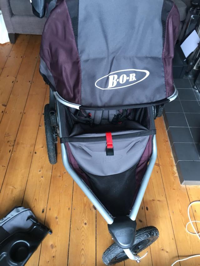 Preview of the first image of BOB CE Revolution stroller.