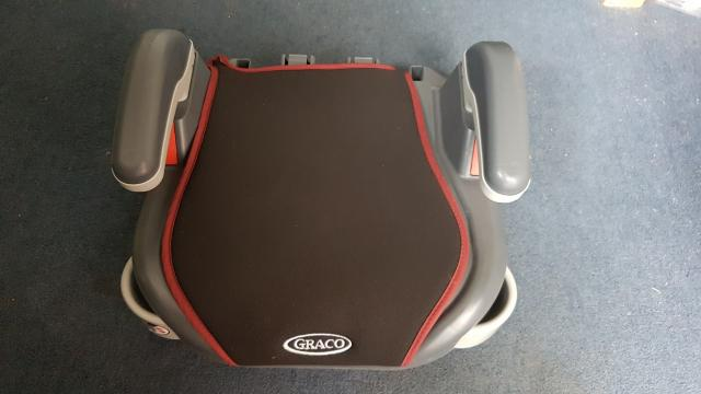 Preview of the first image of Graco Booster Carseat 15-36kg.