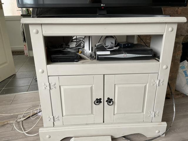 Preview of the first image of tv cabinet.