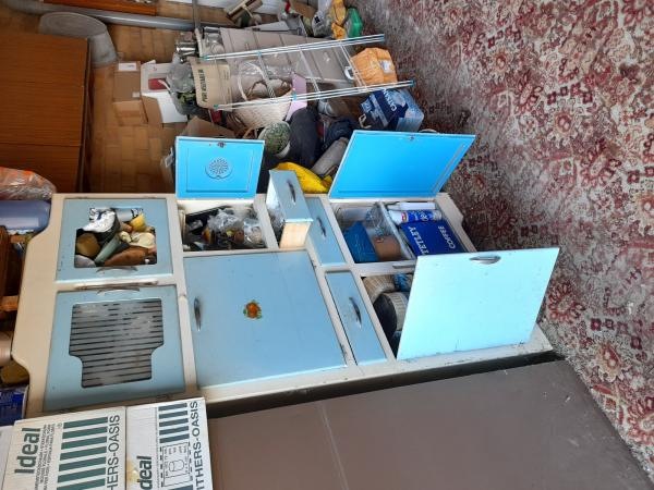 Image 2 of kitchen cabinet