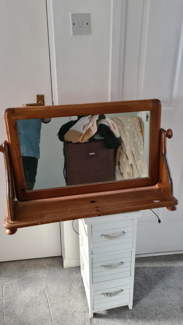 Preview of the first image of pine dressing table mirror.