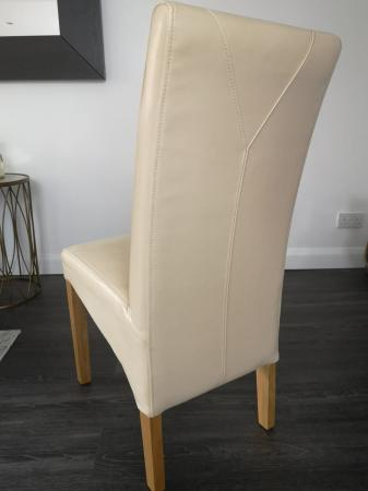 Image 2 of Solid Wood Extendable Dining Table & 6 Chairs