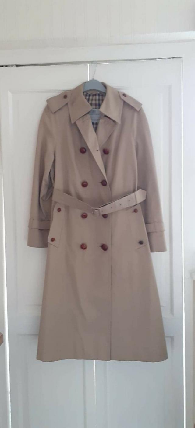 Preview of the first image of Genuine Aquascutom Ladies Trench Coat.