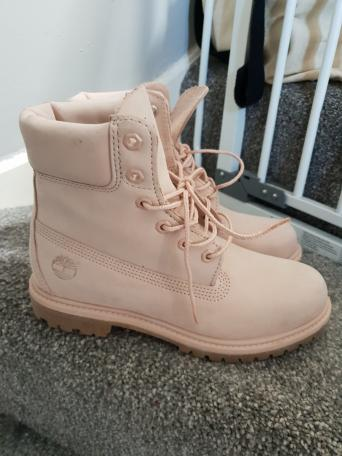 5755359abd pink timberland boots - Local Classifieds | Preloved