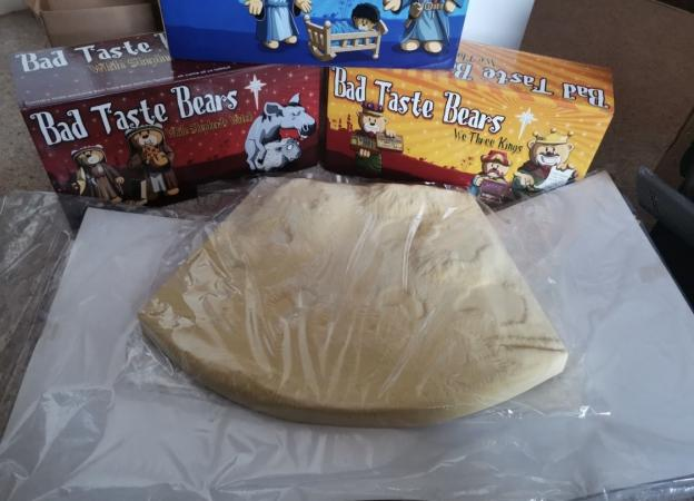 Image 2 of Bad Taste Bear Christmas Nativity full set boxed new