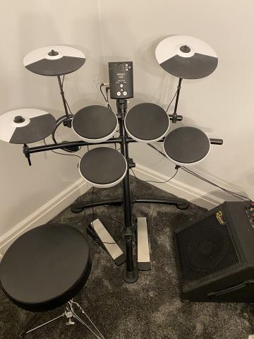 Preview of the first image of Roland V drums and redwood amp.