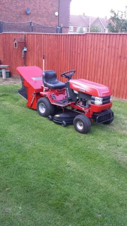 Westwood S1600 Ride On Lawn Mower/ Garden Tractor