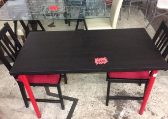 Black Table And 2 Chairs In Good Used Condition Free Delivery South Yorkshire Worksop Chesterfield Bw Beds Fitzwilliam Road Rotherham S651sl