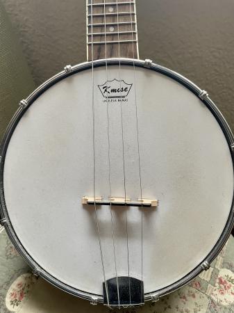 Image 1 of Kmise banjo ukulele