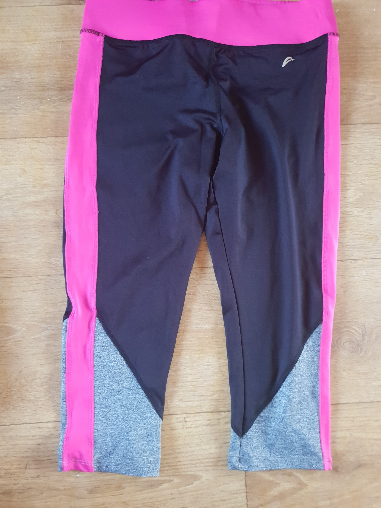F&F CAPRI LEGGINGS SIZE M for sale  Mansfield Woodhouse