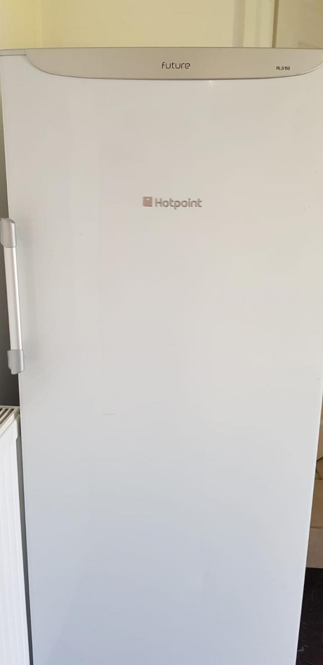 Preview of the first image of Hotpoint fridge.