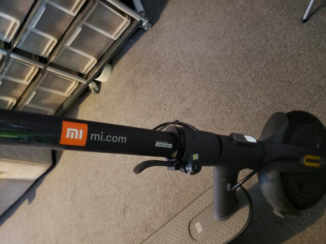 Preview of the first image of mi electric scooter essential.