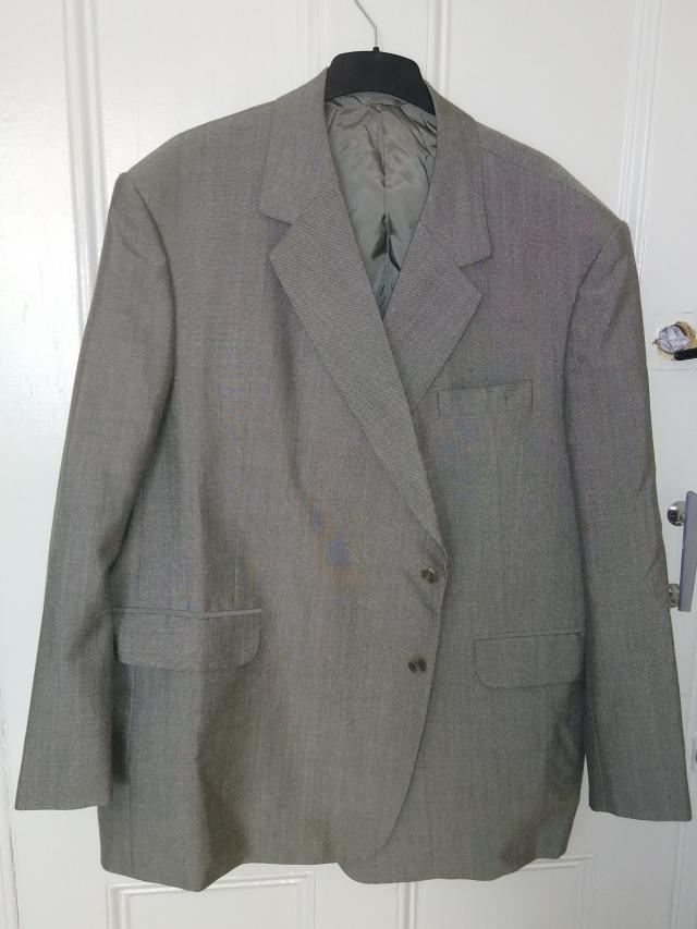 Preview of the first image of Mold & Russell Light Grey Bespoke Suit Jacket.