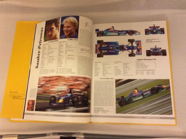 Image 3 of Formula 1 Yearbook 2000-2001