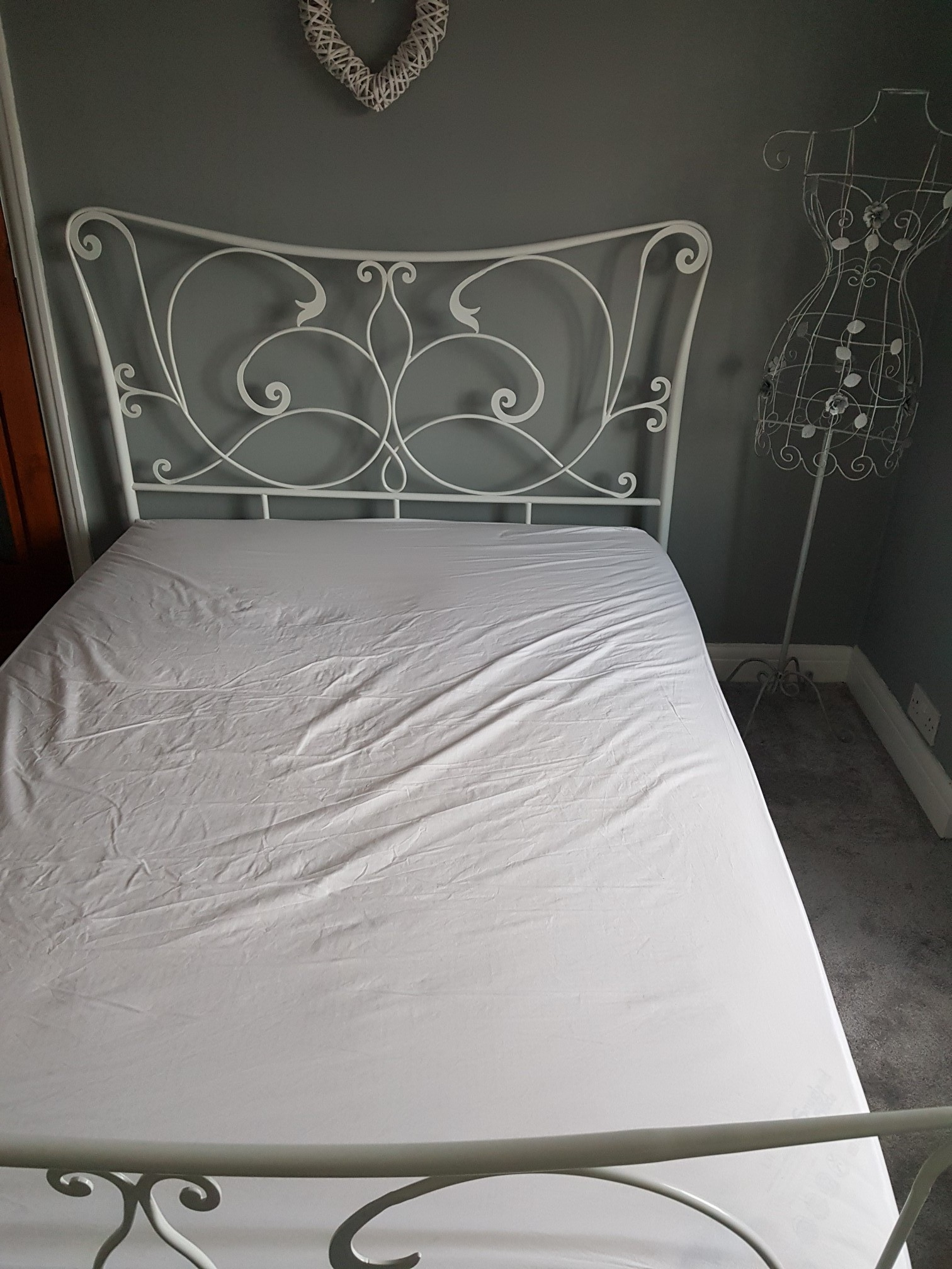 Shabby Chic Bed Frames Second Hand Beds Bedding Buy And Sell