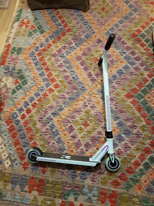 Preview of the first image of *price reduced* Root industry stunt scooter.