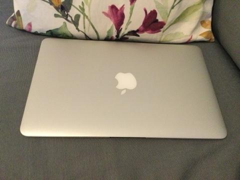 Image 1 of Apple Mac Air