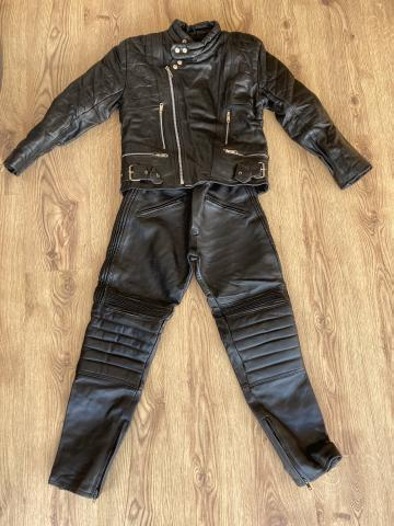 Preview of the first image of Ladies motorcycle leathers.
