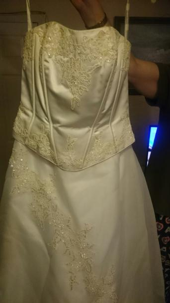 Wedding Dress Veil And Hooped Underskirt