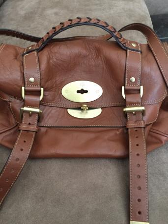 0e61be0f0b Genuine Mulberry Alexa soft buffalo bag No receipt as it was a gift but it  was bought from Selfridges Trafford Centre Some slight wear as shown on  photo ...