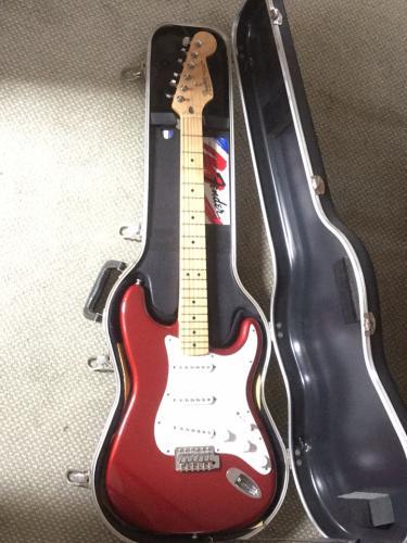 Fender Stratocaster Price >> Fender Stratocaster For Sale Price Reduced For Sale In Beawrthy Devon Preloved