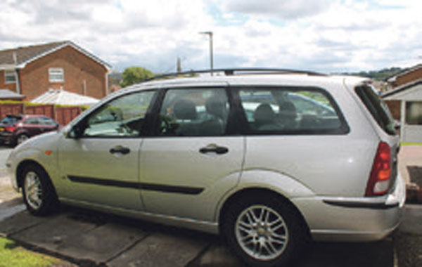 FORD FOCUS LX ESTATE - Manchester - 1600 ltr, petrol, 2003, Manual, Silver,5 Doors, 168000 mls, excellent condition,8 mths MOT, S/S/H, CD, C/L, airbag.Call for more information.TM Ref: 900859974-01 - Manchester